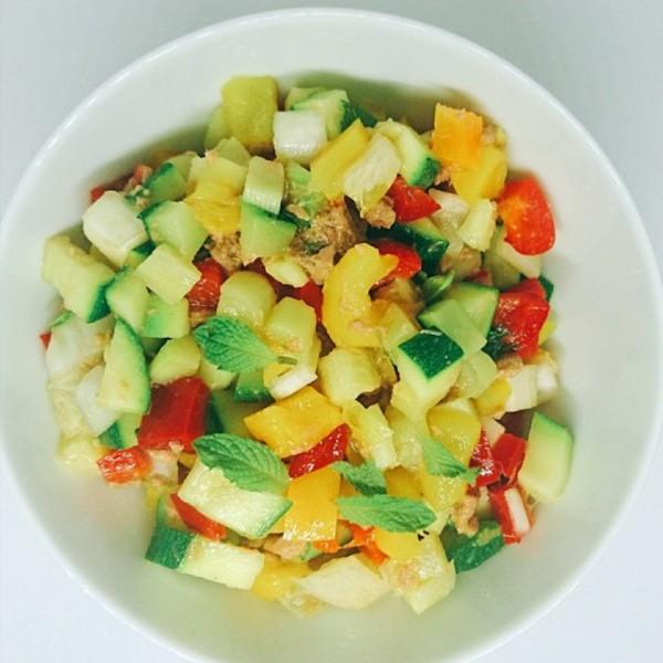 Salade poivrons  menthe