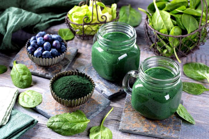 Smoothie vert aux algues