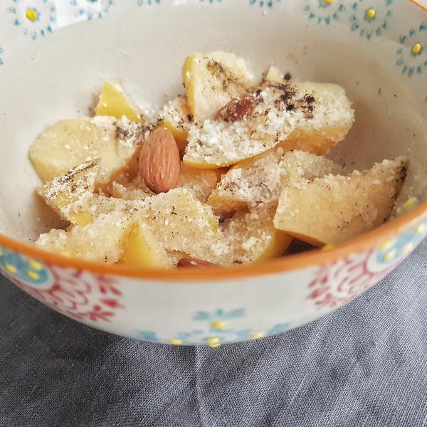 Compote de coing vanille et amandes au vitaliseur